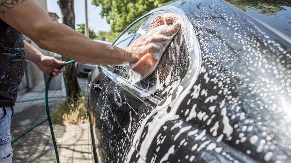 bảng giá rửa xe ô tô